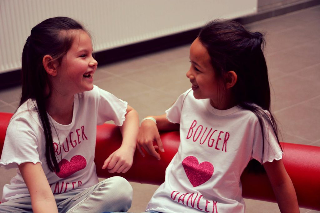 Wit t-shirt met roze bedrukking Kids ( nr. 51)
